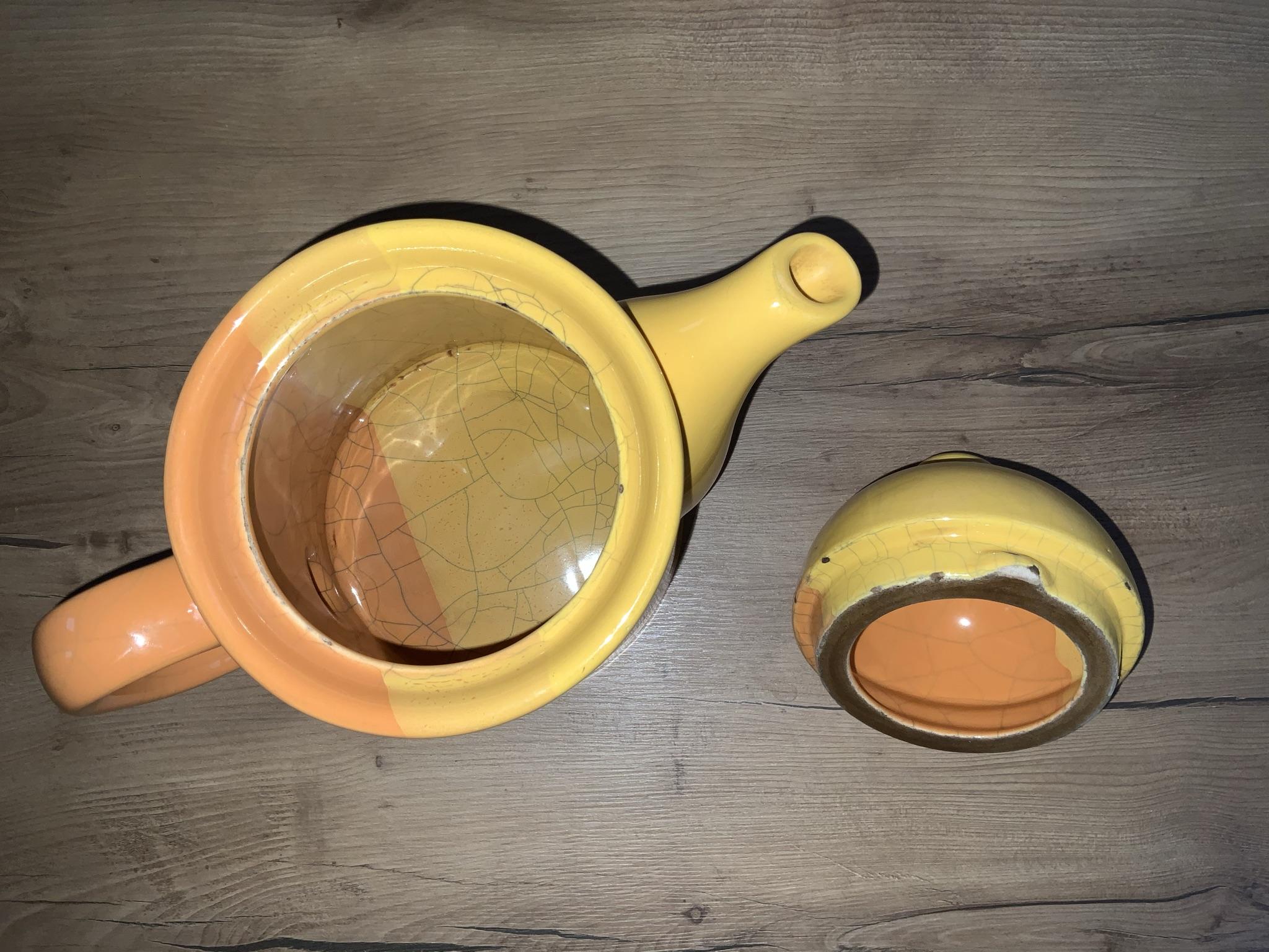 čajová konvice po čištění